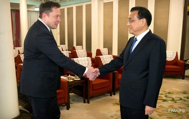 Маску предложили вид на жительство в Китае