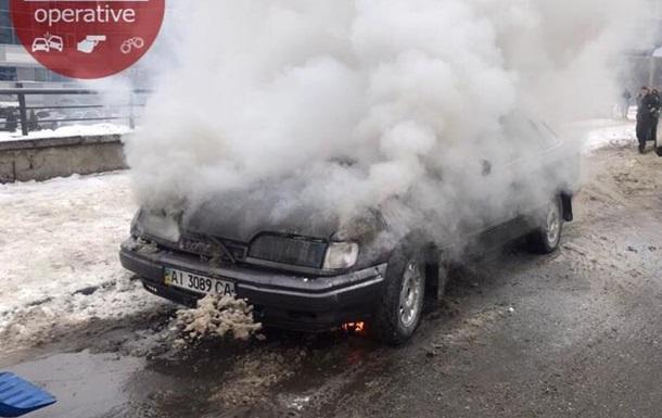 В Киеве автомобиль загорелся через два часа после покупки