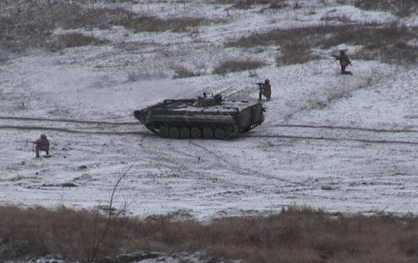 На Донбасі вдень стріляли із забороненої зброї