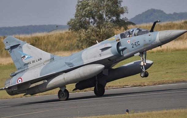 Во Франции нашли тела пилотов разбившегося истребителя