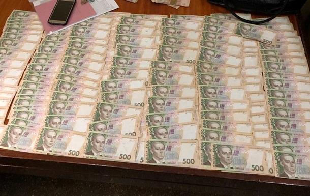 У Сумській області чиновника ДФС затримали на хабарі