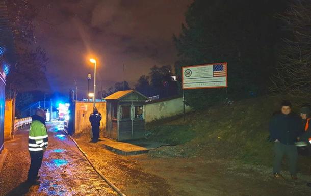 У Празі сталася пожежа на території посольства США