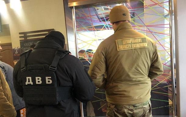 У Львові затримано директора фірми за спроби дати хабар поліції