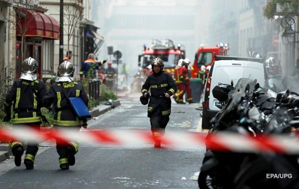 При взрыве в Париже пострадал украинец