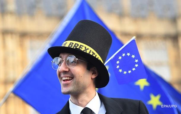 ЕС грозит нехватка €16,5 млрд при жестком Brexit − эксперты