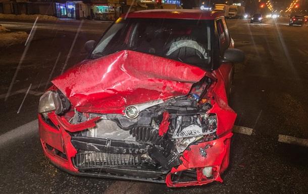 У Києві таксі потрапило в ДТП