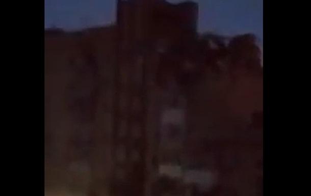 В РФ взрыв в многоэтажке: под завалами люди