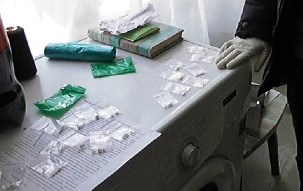 В Киеве полиция накрыла три наркопритона