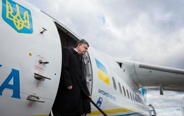 Порошенко за рік відвідав 14 країн і 21 область України