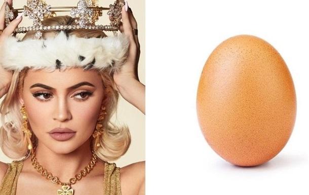 Королева Instagram помстилася яйцю, що випередило