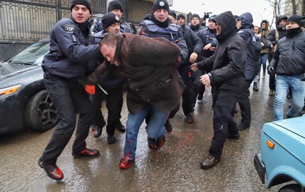 В Одесі під консульством РФ сталися бійки