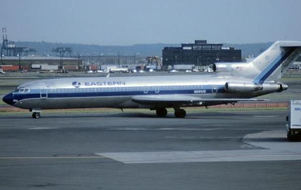 Лайнер Boeing 727 здійснив останній регулярний рейс