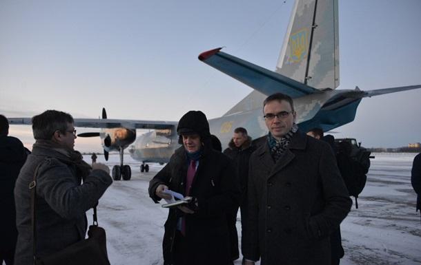 Главы МИД пяти стран прибыли на Донбасс