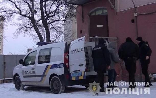В Киеве мошенники выманили у троих пенсионерок полмиллиона