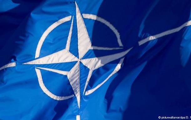НАТО: Росія та терористи - два головних виклики