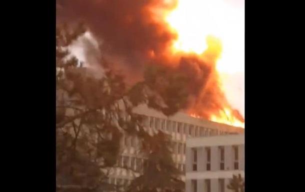 В університеті Ліона прогриміла серія вибухів