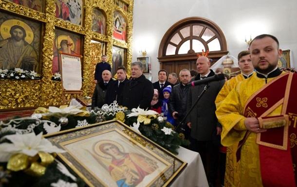 Порошенко пояснив прийняття  церковного  закону