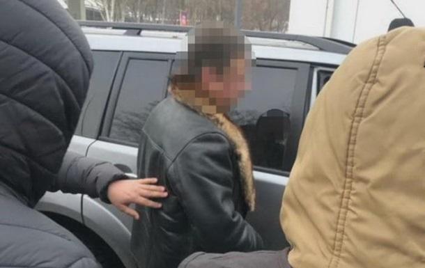 У Дніпрі затримали за хабар чиновника Держгеокадастру