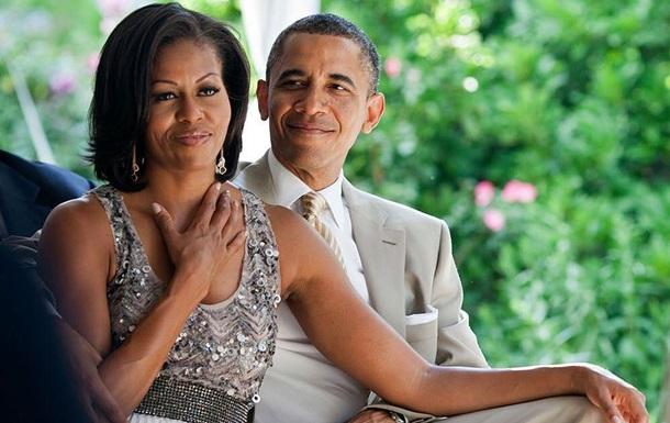 Обама показал раритетное фото с женой и  Горбачевым