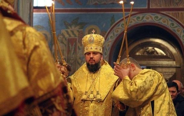 В новую церковь Украины перешли 100 приходов – СМИ