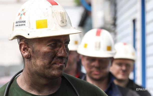 На шахті в Польщі виникли підземні поштовхи: є жертви