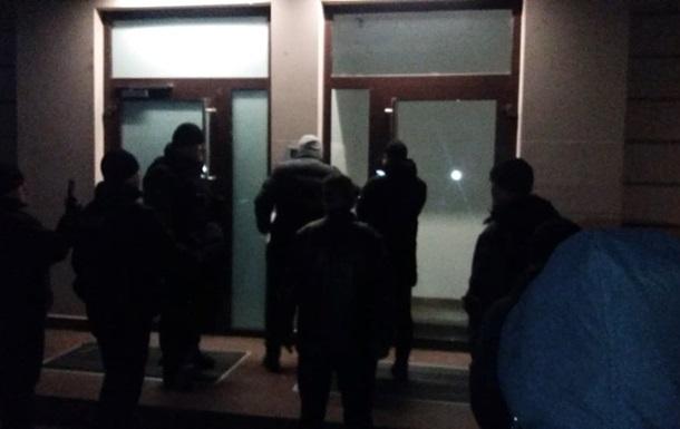 В Ужгороде обыскивают дом депутата