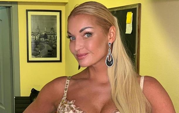 Не умею столько пить: Волочкова ответила на критику Шнурова