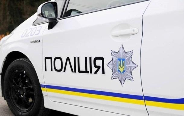 У Києві чоловік побив поліцейського