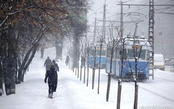 У Вінниці двічі за день зупиняли рух трамваїв