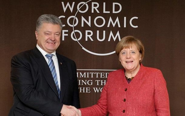 Порошенко почав переговори з Меркель