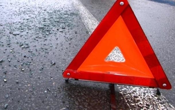 У Криму в ДТП з вантажівкою загинули три людини