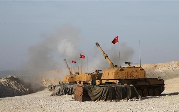 Война в Сирии: Турция третий день обстреливает силы курдов
