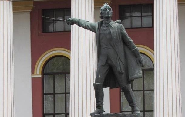 Памятник Суворову, демонтированный в Киеве, передадут в музей Швейцарии