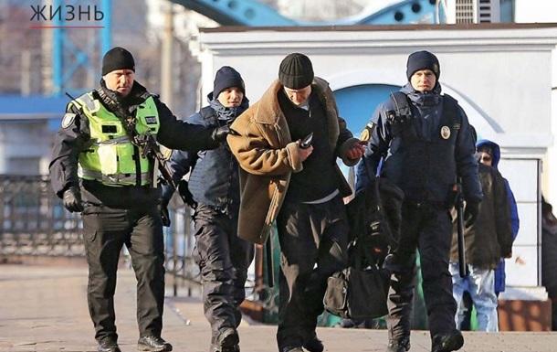Стоять! Бояться! Необоснованные задержания полицией в Украине