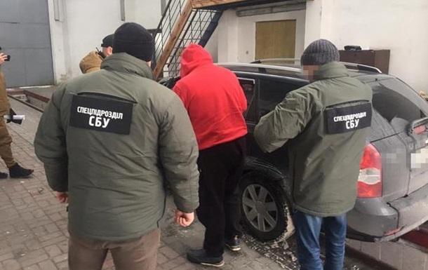 На границе во Львовской области задержали украинца с партией наркотиков