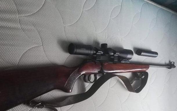 У Львові у майора поліції вкрали зброю