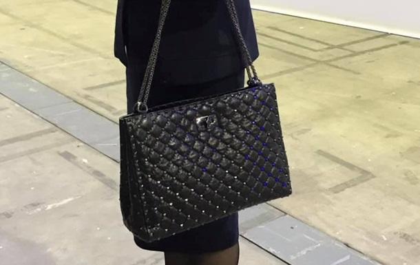 Жена генпрокурора удивила сумкой за $3,3 тыс - соцсети