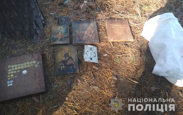 В Харьковской области из храма украли девять икон