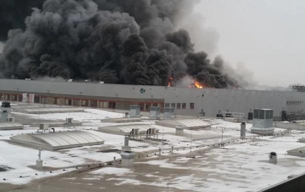 В Варшаве горит торговый центр