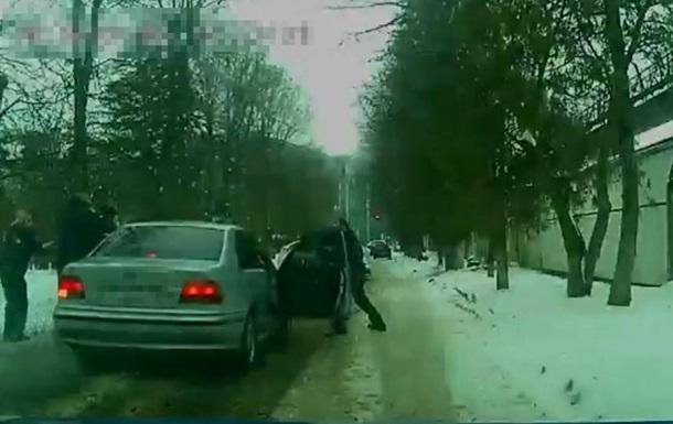Во Львове пьяный водитель совершил два ДТП, убегая от полиции