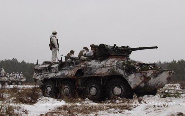 Азов  заявил о возвращении на передовую Донбасса
