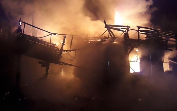 В Ровно полностью сгорел ресторан