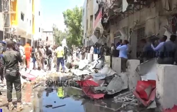 У столиці Сомалі підірвали авто: 10 загиблих