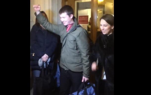 Суд освободил из-под стражи трех  айдаровцев