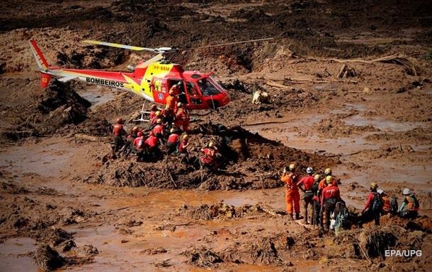 Кількість жертв прориву дамби у Бразилії перевищила 140 осіб