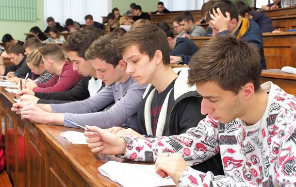Тысячи студентов подтвердили знание технического английского в конкурсе Авиатор 2019