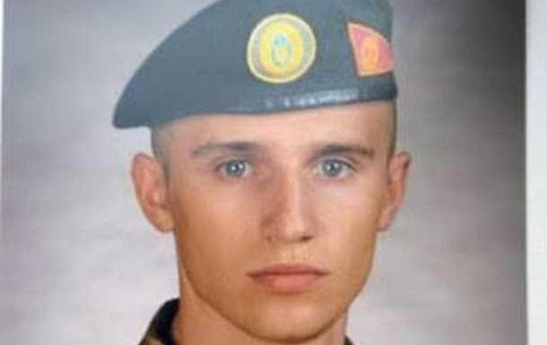 Из-за халатности командиров погиб солдат, а Муженко получил очередную квартиру