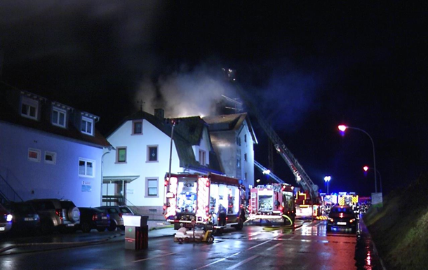 В Германии на пожаре в жилом доме погибли пять человек