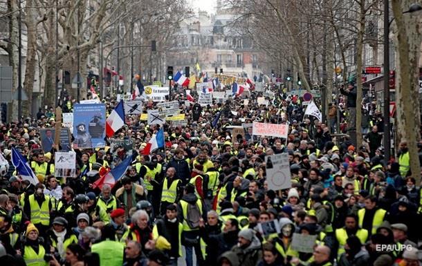 Во Франции  желтые жилеты  готовятся к новой акции протеста