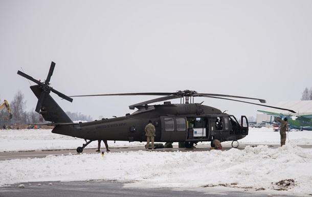 CША перекинули бойові вертольоти в Латвію